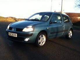 *!*LOW MILES*!* 2004 Renault Clio 1.2 16v Dynamique **FULL YEARS MOT** **PERFECT FIRST CAR**