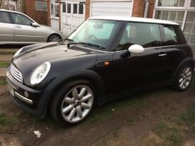 MINI COOPER 2002 [BRAND NEW MOT]