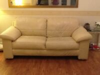 3 SEATER CREAM LEATHER SOFA & SINGLE CHAIR £80 ono