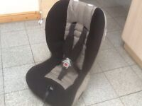 Mamas and Papas group 1 2 car seat for 9kg upto 25kg(9mths to 7/8yrs),reclines,is washed and cleaned