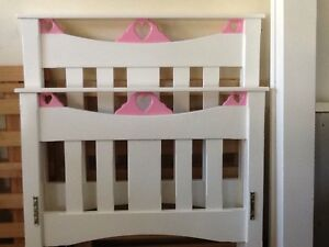 Girls single bed East Maitland Maitland Area Preview