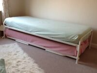 Guest bed for sale in very good condition.