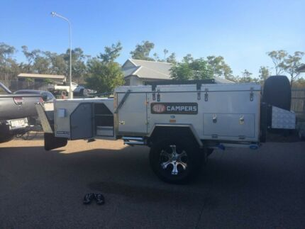 Sahara SUV Cruiser Deluxe Extreme off road camper, hardtop.