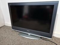 "Sony Bravia Digital HD TV 32"""