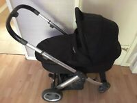 reversavle pram, car seat and buggy with cot baby gate, high chair and 2 travel cots