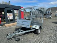 BRAND NEW 7X4 SINGLE AXLE TRAILER WITH 80CM MESH AND MANUAL TIPPING FEATURE 75OKG