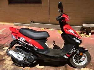 2015 Riviera 50cc scooter in like new condition with low kms Coolbellup Cockburn Area Preview