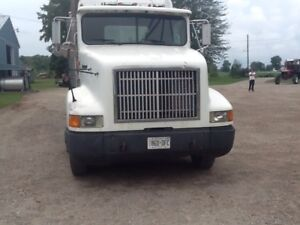 1994 Int 9400 and trailer