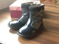 Girls Lelli Kelly boots size 26