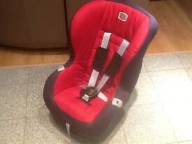 2016 model Britax ECLIPSE group 1 car seat for 9kg upto 18kg(9mths to 4yrs)used only for 2 weeks