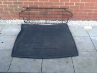 Vauxhall Insignia Estate dog guard and boot liner