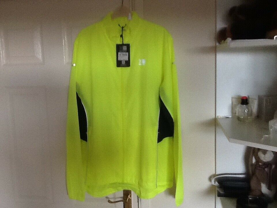 Karrimor cycling/running jacket new with tags