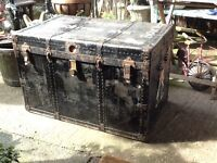 Antique/vintage steamer trunk