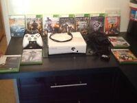 Xbox 360 slim gloss white 250 gb bundle ...rare...