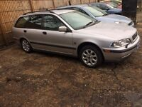 VOLVO V40 ESTATE PETROL SPARE OR REPAIR CLUTCH BEARNG MAKE LOADS NOISE MOT 04/2017