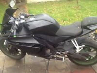 Bargain 2014 Yamaha yzf r 125 with 180 kitt fitted