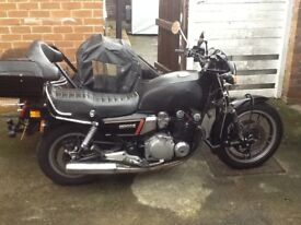 SUZUKI GS1100G MOTORCYCLE AND SIDECAR COMBINATION
