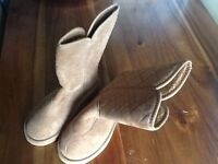 Ladies size 5 fluffy boots light brown colour