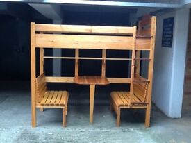 High level / bunk bed