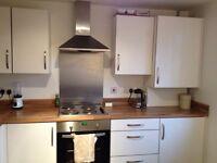 Room to rent in bright modern Slateford flat for Edinburgh festival