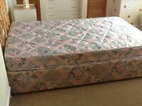 Three quarter divan bed