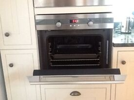 Electrolux oven EOB63000. Good working order. Clean. Approx 5 years old.