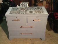 Vintage 4 drawer chest