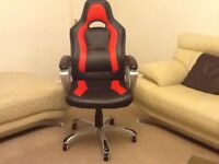 Noble Gaming Chair - Black/Red as shown in pictures in Used conditioner