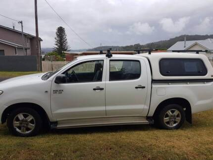 V6 Hilux for work or play, loaded with extras.