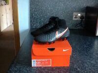 Football Boots. Nike JR Magista Obra 11 FG. Size 4.