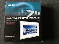 7in Cibox digital photo frame