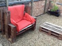 Outdoor pallet bench with cushions collection only LE3