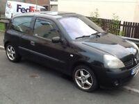 2004 Renault Clio 1.2 spares or repair