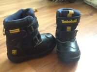 Timberland snow boots as new