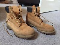 TIMBERLAND Original Yellow Boot UK 7 Euro 40