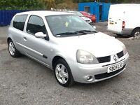 LITTLE -- 2005 CLIO EXTREEM 1.2L -- MOT 09--03--18----LOW MILAGE