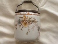 For sale Art Deco biscuit barrel
