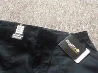 2 pairs of regatta professional trousers