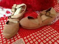 Brand new canvas wedges size 4