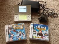 Nintendo DS in full working order, charger, case & 2 games.