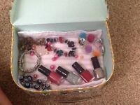 Girly gift set (nail polish and bracelets)