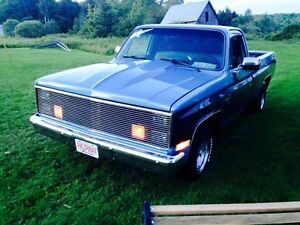 Looking for a 73-87 Chev or GMC 2 wheel drive!
