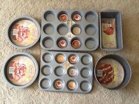 Quality Paton Calvert Double non stick NEW Baking set