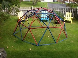 Dome climber. Pls call 782-3055