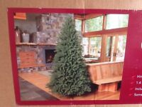 7.5 ft Christmas tree