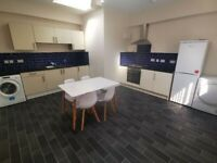 Studio/En Suite Room - Old Police Station - Parking - ALL UTILITIES INCLUDED