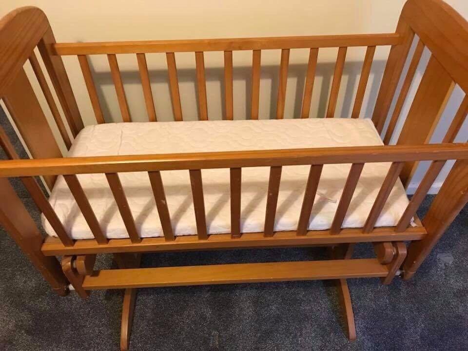 pine rocking cribb