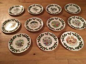 Royal grafton Christmas plates