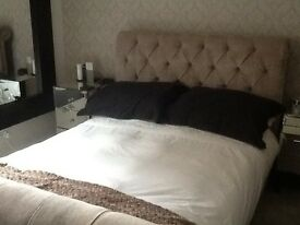 Double room to let in family home