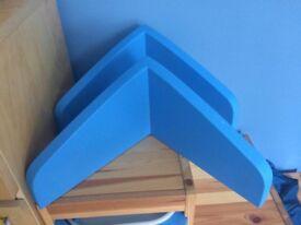 2 Ikea Mamut shelves